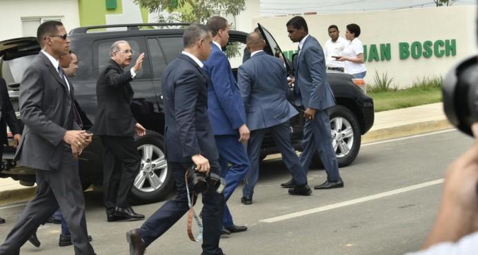 """Danilo Medina reacciona sobre petición de renuncia: """"Déjenme trabajar"""""""