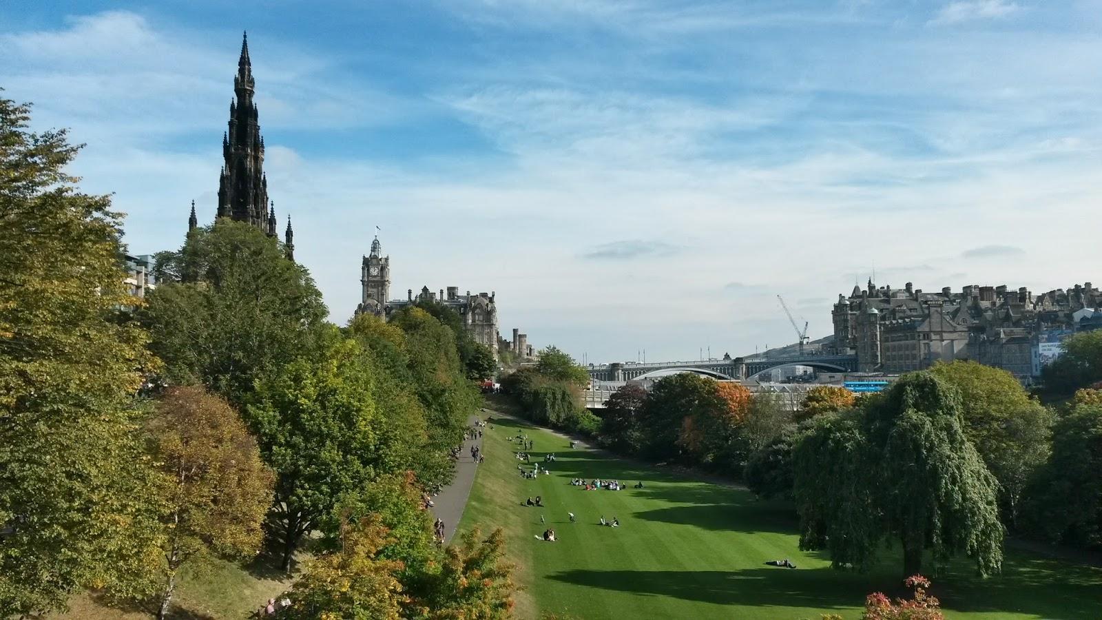 edinburgh scotland iskoçya princes street gardens britanya