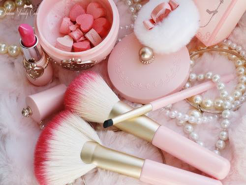 9 cosas de color rosa.