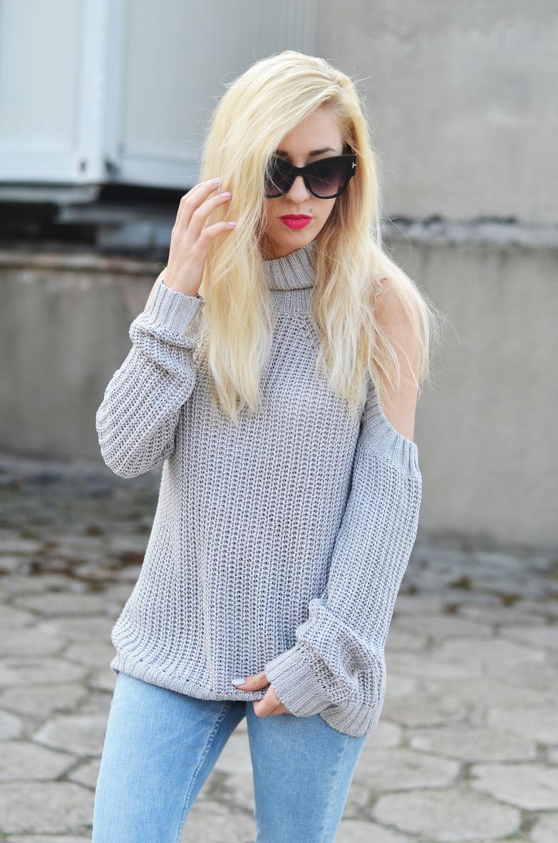 off shoulder turtleneck sweater