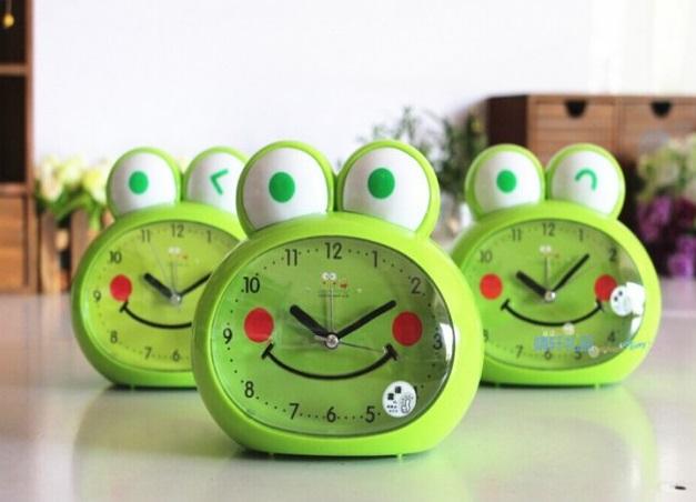 kurbağa saat