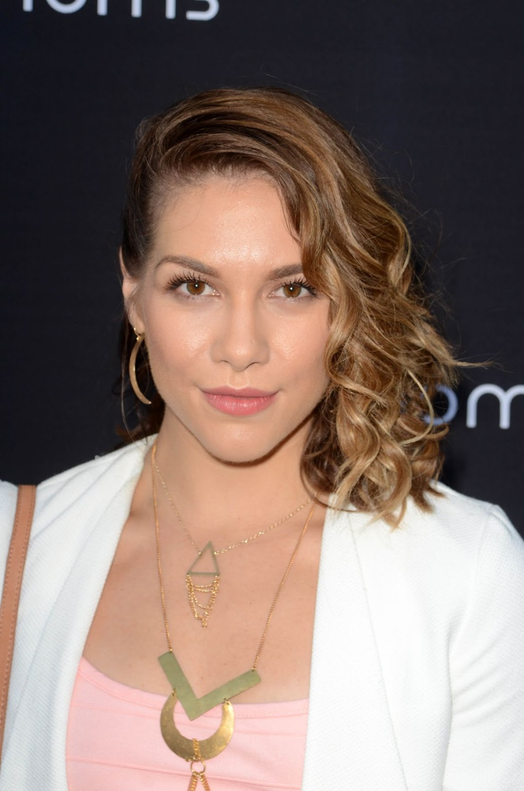 Full HQ Photos of Allison Holker at 4moms Car Seat Launch in Los Angeles