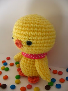 baby chicken free amigurumi pattern by jennyandteddy.com
