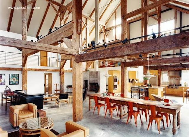Interior de una casa granero de gran tamaño en Estados Unidos
