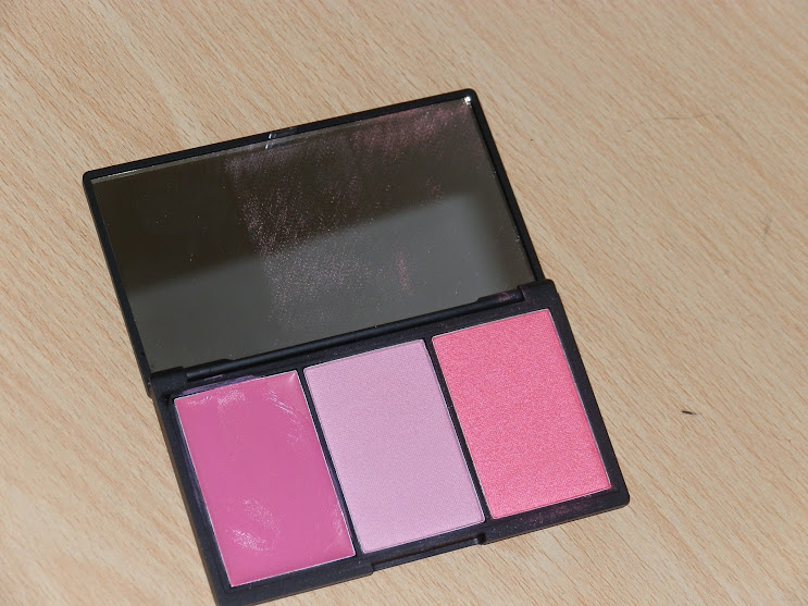 Sleek Makeup Blush by 3-Sweet Cheeks Swatches