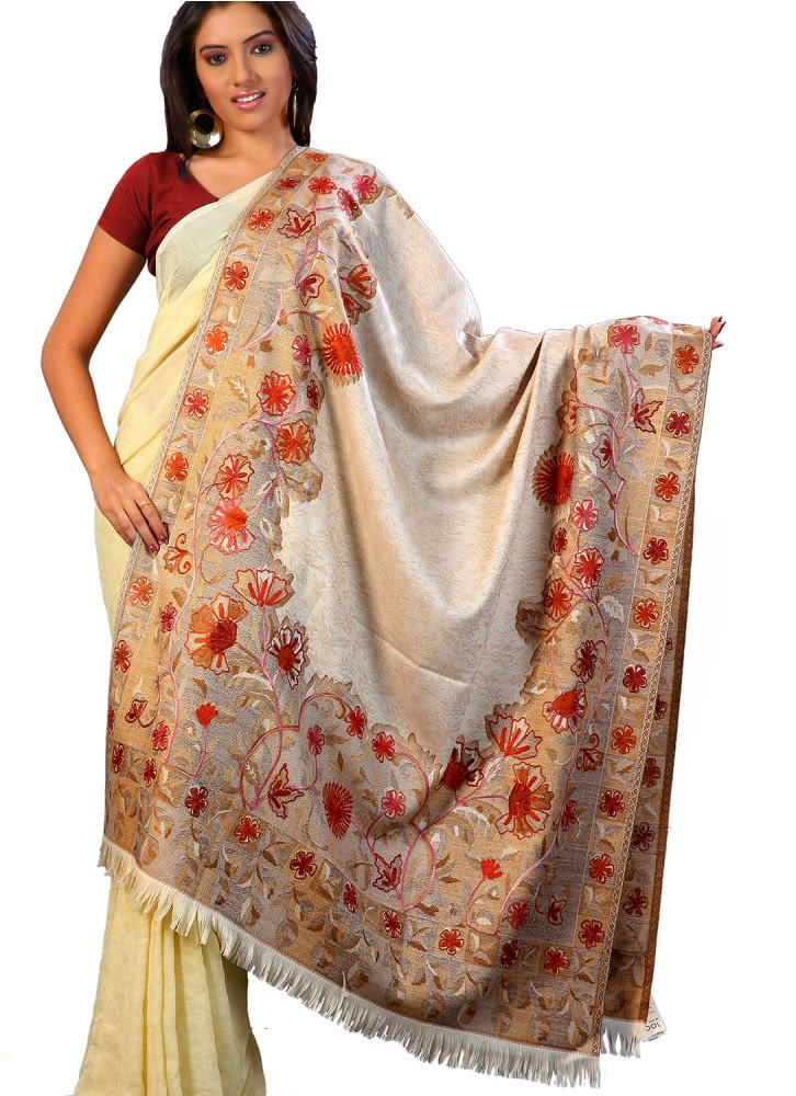 fashion : beautiful Indian shawls designs