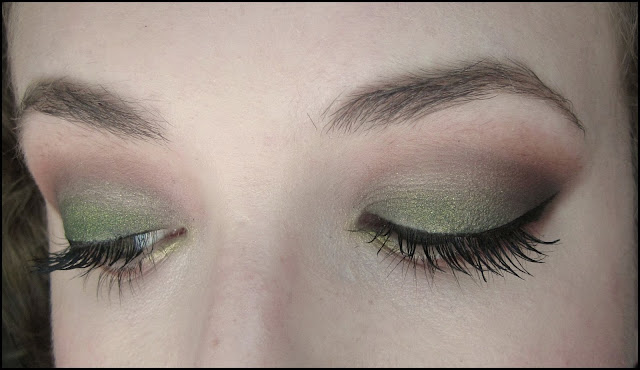 Smokey Emerald Eyes & Deep Mauve Lips