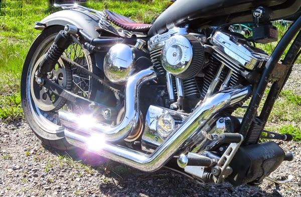 40+ nelkytplus Harley Davidson Sposter 1200 cc chopper HD moottoripyörä blogi
