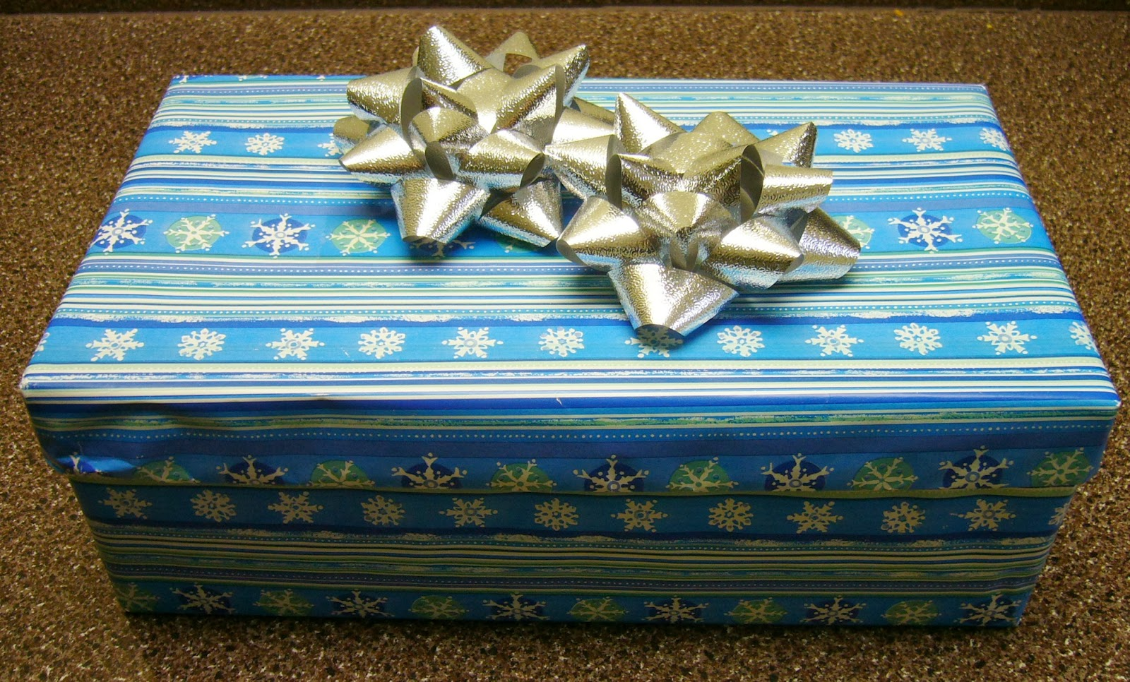 Simply Shoeboxes: Upcycling Christmas For Operation
