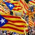 Catalães atacam sede da Guarda Civil com coquetel molotov.