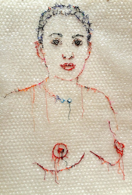 art textile contemporain, broderie sur plastique bulle, fil et gravure