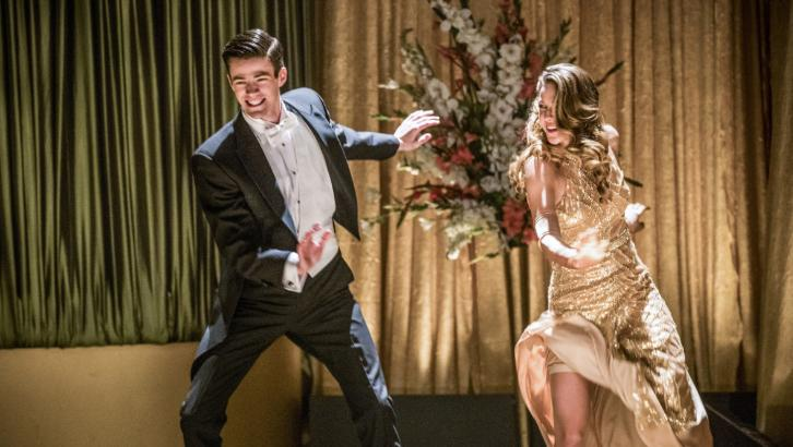 The Flash/Supergirl Musical Event - Duet - Roundtable Review : 'Everything is better in song'
