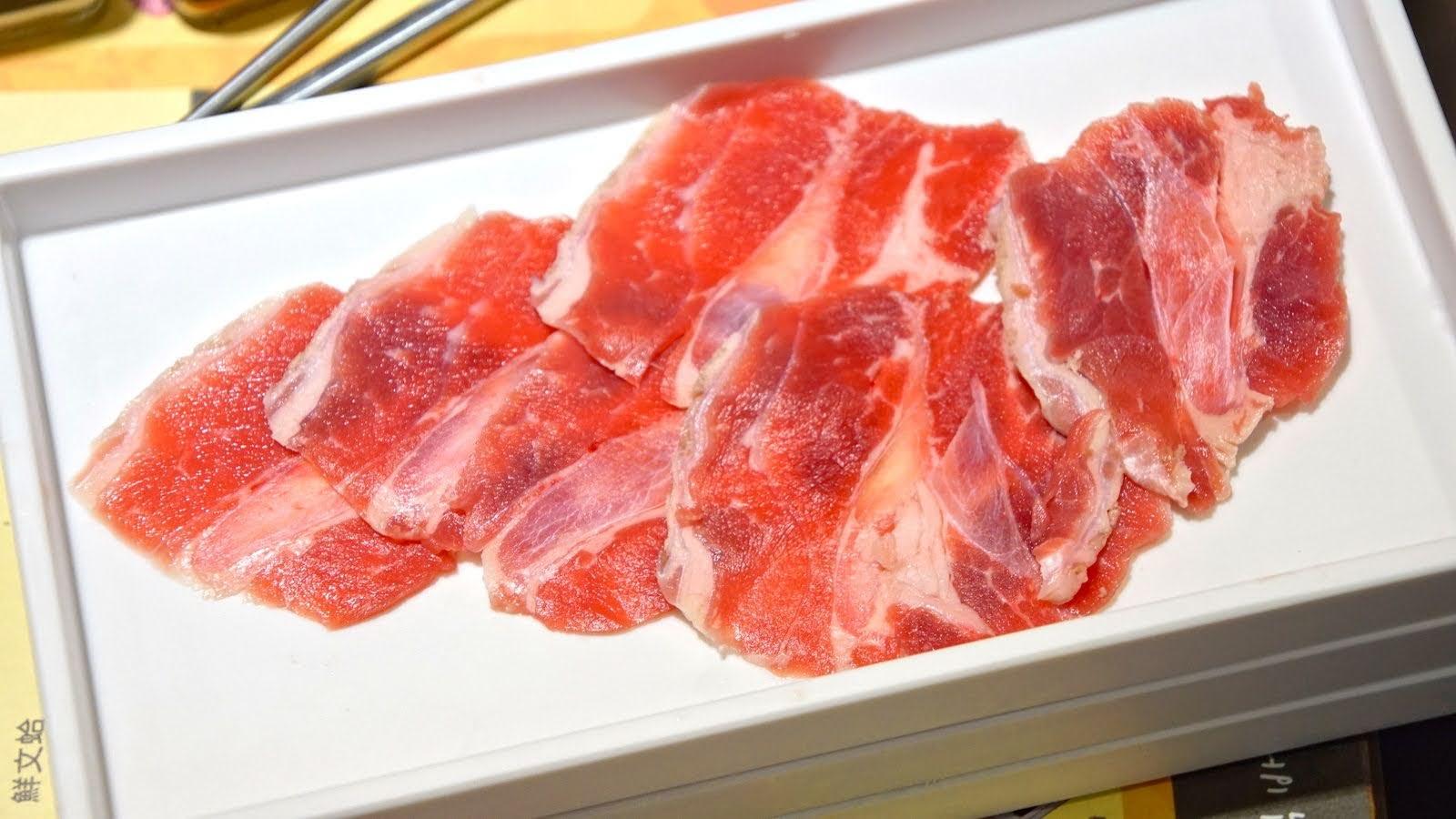 [台南][東區] 咚豬咚豬|韓國烤肉吃到飽|台南東區店|食記