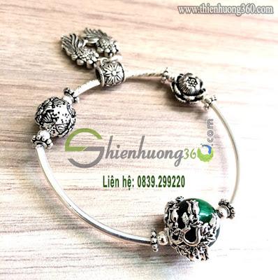Vòng đeo tay đá phong thủy bạc Thái 925