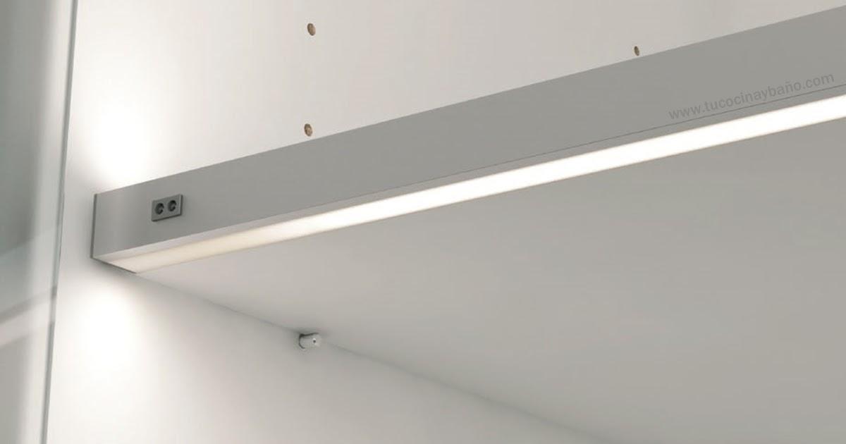 Led interior mueble cocina tu cocina y ba o - Iluminacion interior armarios ...