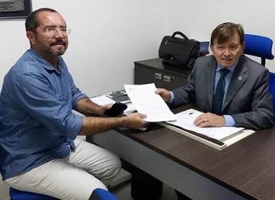 Seca em Juazeirinho foi tema de reunião entre prefeito e deputado João Henrique