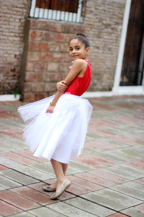 Girls'Look: Tulle Skirt and Bow Top