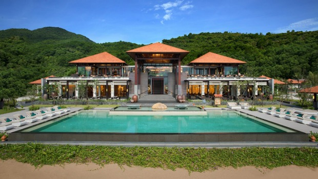 Top 7 Paradise Luxury Resort For An Summer Escape 3