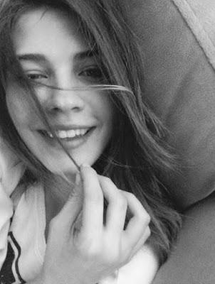 Pınar Karaman Kimdir? İki Yalancı Esra Kimdir?