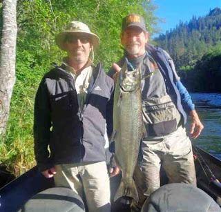 fishing-the-rogue-for-spring-salmon