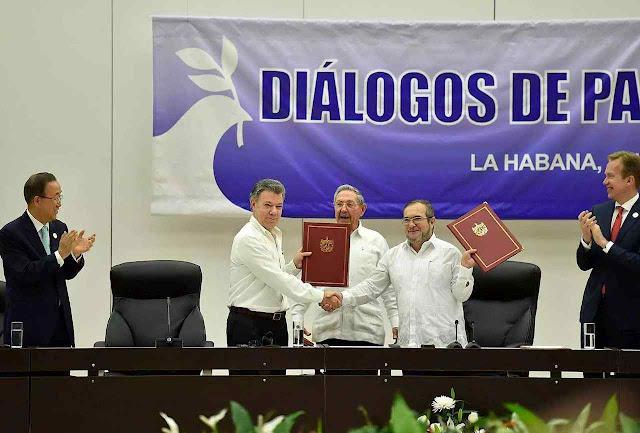 Os Acordos de Paz foram combinados sob o bafo castrista em Havana