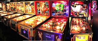 Salones recreativos con Pinball en los 80s y 90s