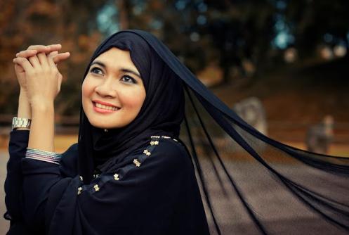 Wanita Wajib Baca : 5 Perbuatan Wanita Yang Dianggap Berzina Meskipun Tak Berzina