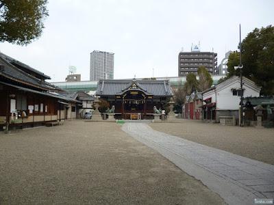 恵美須神社境内