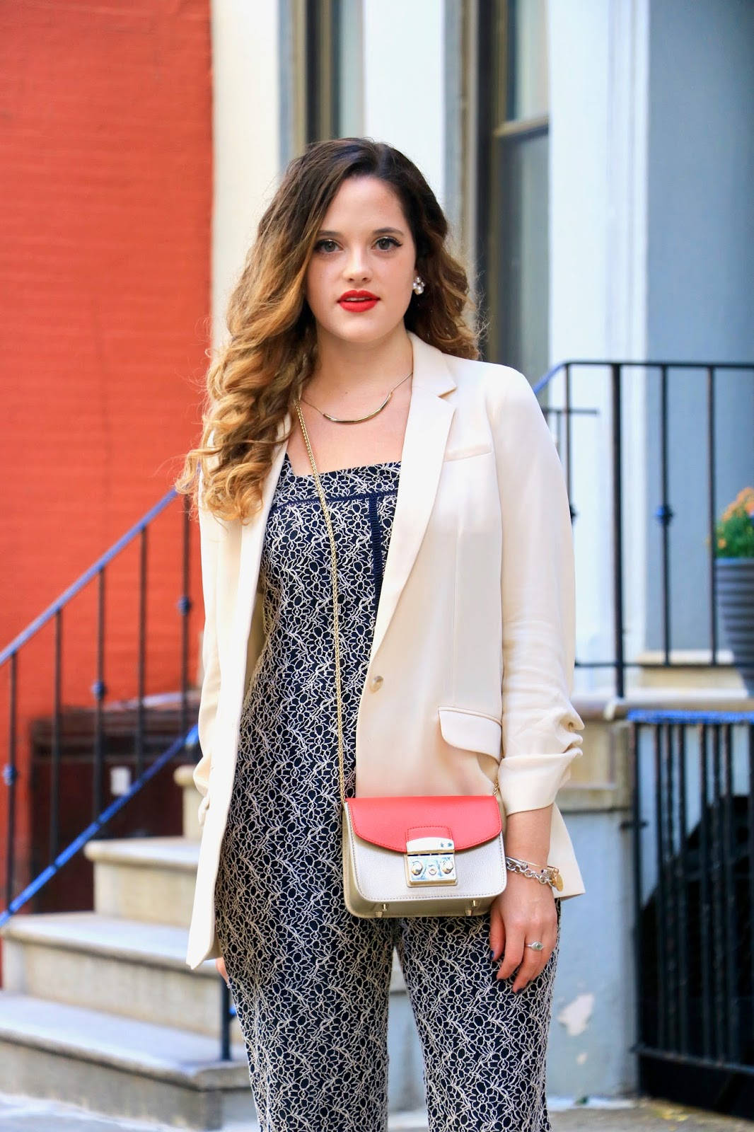NYC fashion blogger Kathleen Harper showing how to wear a boyfriend blazer