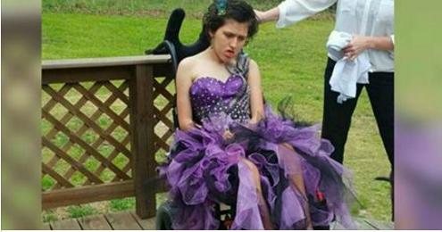 Son père ne peut pas l'accompagner au bal de fin d'année, alors sa maman fait appel à un invité très spécial!