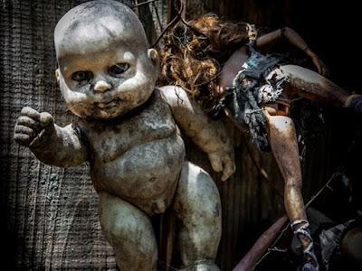 A ilha das bonecas abandonadas