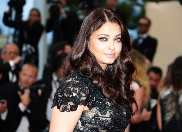 Cute Photo Of Aishwarya Rai eyes at event show