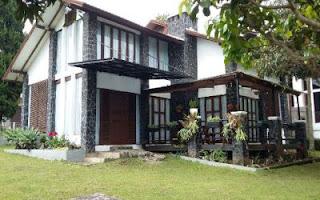 Villa Blok T No 3 Di Istana Bunga