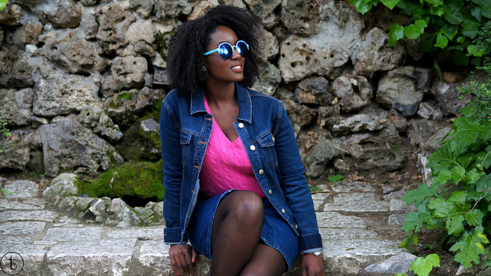 fashion blogger at the botanical garden in madrid travel diary