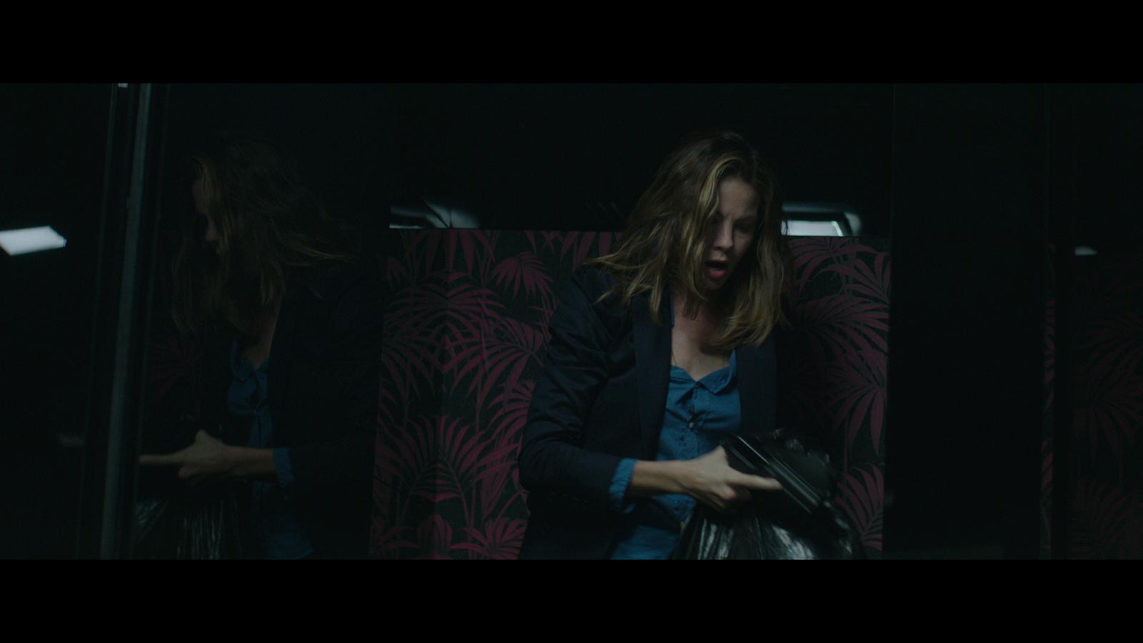 Sleepless (2017) 1080p BD25 4