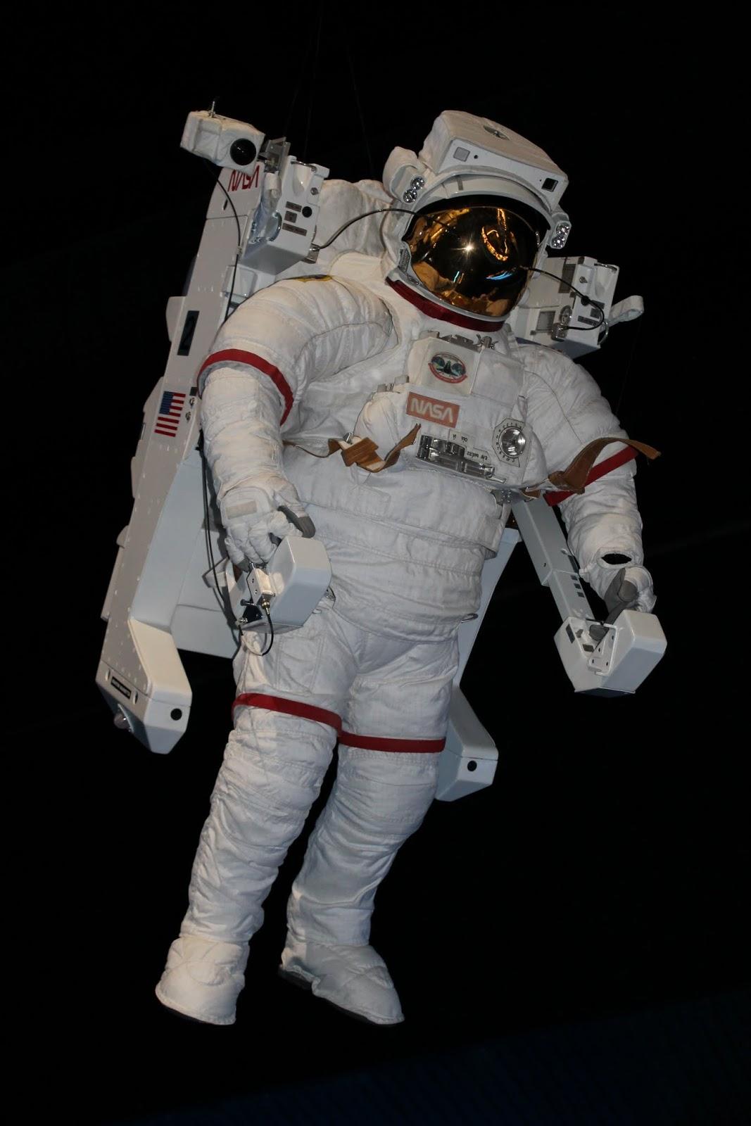 Traje de astronauta en el KSC