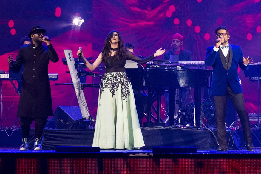 Bollywood Singers at International Indian Film Academy Festival's IIFA Rocks at MetLife Stadium