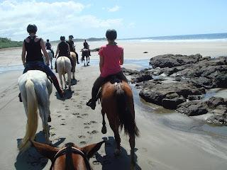 Costa Rica, ratsastusmatka, riitta reissaa