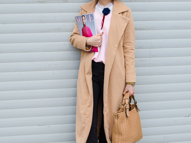 beige maxi coat shein beret sammydress sneakers chicme pink sweater street style fashion blogger diyorasnotes