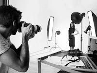 Mau Buka Jasa Foto Studio? Coba Pakai Kamera ini!