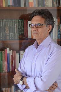 Escritor Marco Guimarães