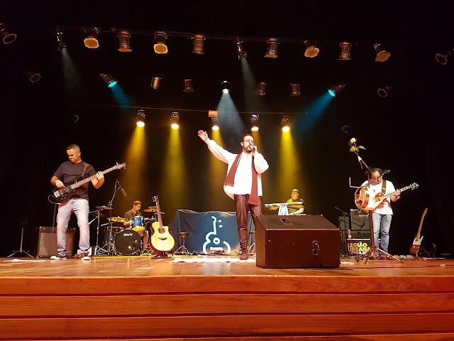 Banda Legião Urbana Cover-SP se apresenta no Teatro Municipal neste sábado em Pinhal