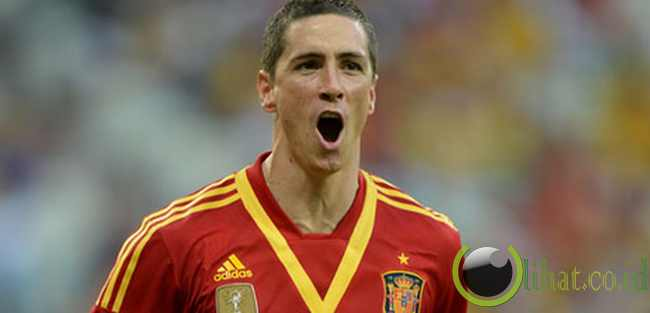 DEPAN: Fernando Torres