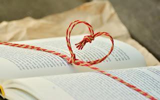Veja 13 lindos Versos de Amor de Crisálidas