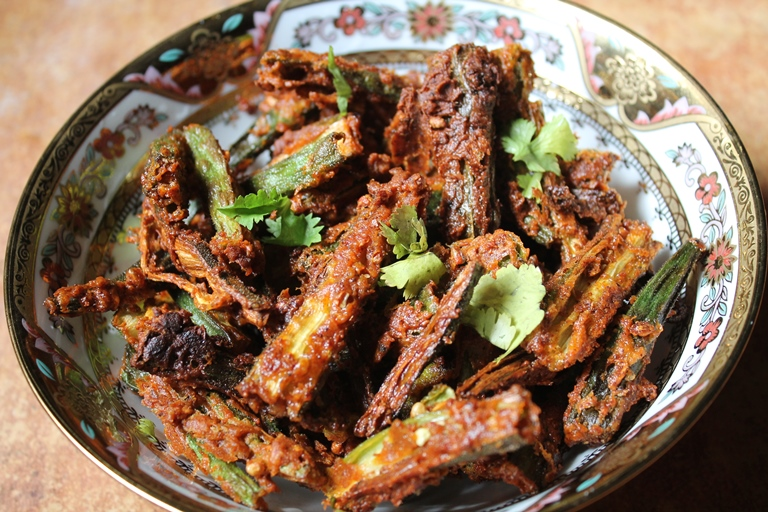 YUMMY TUMMY: Kurkuri Bhindi Recipe / Vendakkai Fry Recipe / Crispy Lady Finger Fry Recipe