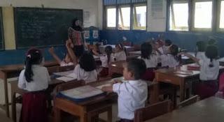 Berusaha Menjadi Guru yang Dinantikan Siswa