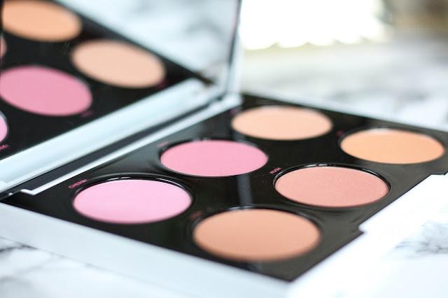 Gwen Stefani x Urban Decay palette blushs