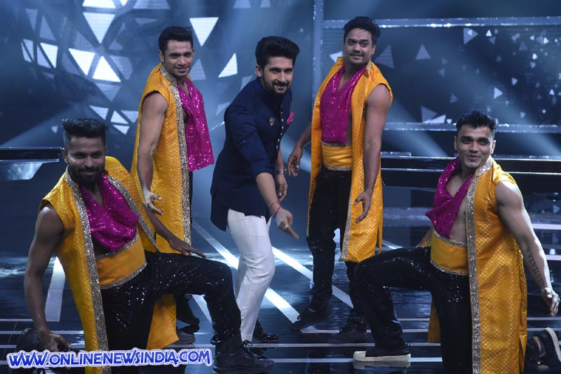 Ravi Dubey's Eid special performance on Sabse Smart Kaun