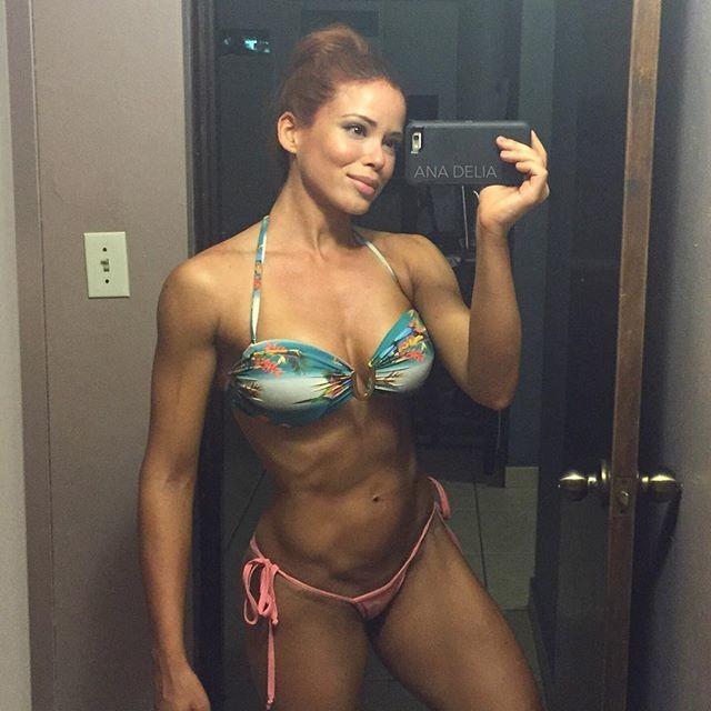 Fitness Model Ana Delia De Iturrondo Instagram photos