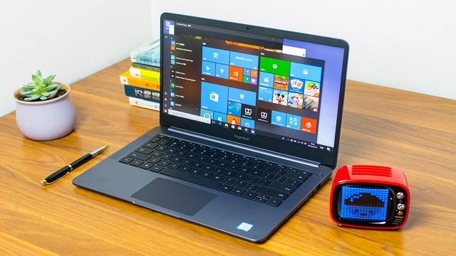 هواوي هونور ماجيك بوك هو جهاز كمبيوتر محمول يشبه ماك بوك برو لكنه أرخص